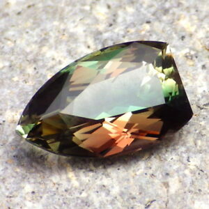 PEACOCK-CHROME GREEN-RASPBERRY MULTICOLOR MYSTIQUE OREGON SUNSTONE 7.13Ct RARE!!