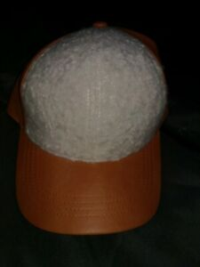 Universal Thread Goods Co Sherpa imitation leather Hat made by target
