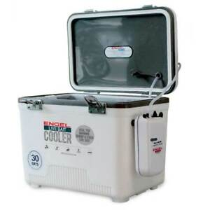 Engel 30 Quart Insulated Live Bait Fishing Dry Box Cooler with Water Pump White