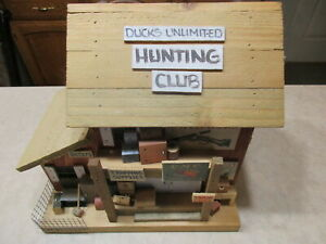 Ducks Unlimited 2000 Collectible HUNTING CLUB Bird House Signed M.L. Studtman