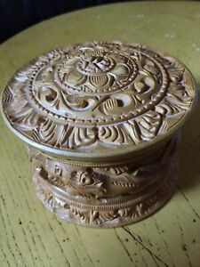 Wood Round Box Carved Elephant Lions Animals Hand Carved Trinket