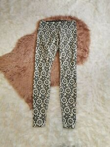 Lululemon Wunder Under Low Rise Twiggy Floral Size 6 $40.00