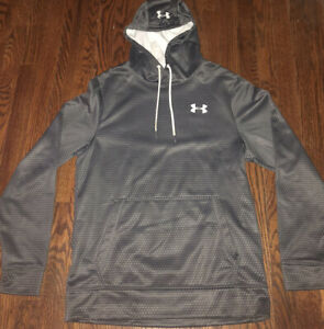 Under Armour UA Gray Pullover Sweatshirt Hoodie Mens Small Cold Gear $25.00