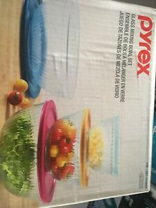 PYREX Glass Mixing Bowls with Lids 8 piece Set (3, 5.5, 9.5 & 18 cups)