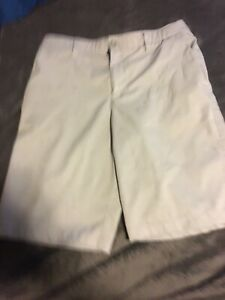 youth boys gray UNDER ARMOUR golf shorts flat front Size 16 $15.60