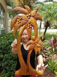 GORGEOUS HANDCHISELED MAHOGANY WOOD PALM TREE WALL PLAQUE WITH WALL HANGER