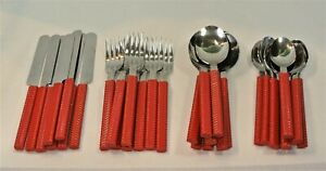 Crown Corning RED Plastic and Stainless Flatware 32 Piece Set Twist Stripe