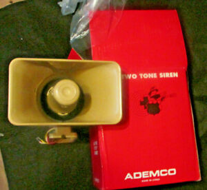 2 lot ADEMCO 702 TWO TONE ELECTRONIC SIREN OUTDOOR 6 12VDC 5X8 INCH LOAD NIB
