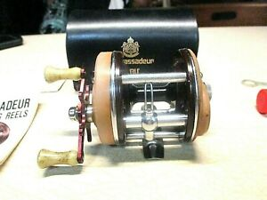 ABU GARCIA AMBASSADEUR FISHING REEL W CASE 3000 REEL WORKS GREAT