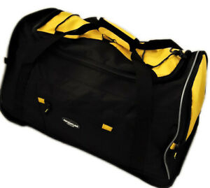 Rolling Duffel Bag with Telescopic Handle 22 inches.