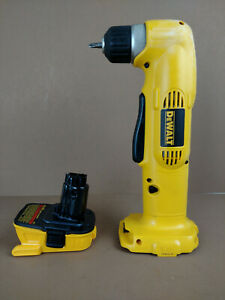DEWALT DW960 3 8quot; VSR CORDLESS RIGHT ANGLE DRILL WITH DCA1820 20V MAX ADAPTER $59.50