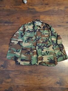 Military Used U.S Navy Top Large Long Height Above 75 Chest 41 To 45 has patches