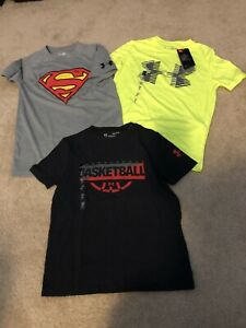 Lot Of Boys Under Armour Shirts size Small $40.00