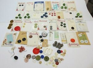 Huge Vintage Button Lot 34 Cards Old Sewing Seamstress 130 Loose Buttons Sew $24.79
