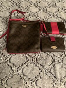 Authentic Coach Purse And Wallet Pre Owned Matching Set Great Price