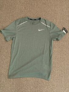 NEW Nike Running Dri Fit Shirt Top Size SMALL CT7749 326 $24.99