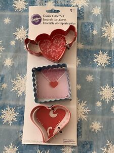 Wilton 2308 0178 Valentine's Day 3 Pc Metal Cookie Cutter Set Heart Square New $8.79