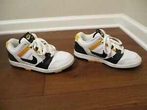 Classic 2003 Used Size 8.5 Nike Air Force 2 Shoes White Black Maize 305602 101