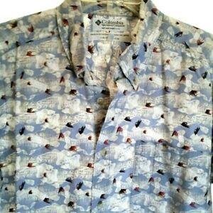 Columbia Fishing Shirt Mens Size Large Button Front Blue Lures Hooks Design