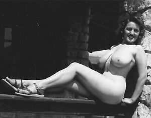 Vintage Photo 8.5x11 #18162 Busty Lovely 1950s Kathy Suits Posing