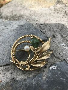 Vintage Signed Sarah Coventry Jade Faux Pearl Flower Brooch Gold Tone $6.99