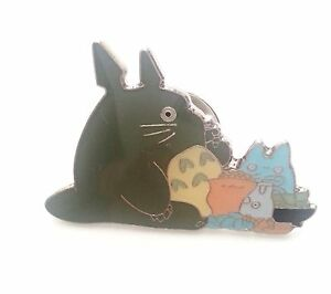 My Neighbor Totoro Chibi Totoro Metal Pin Badge ~Brand New~#3