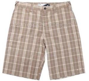Oakley Yard Shorts New Khaki Size 34 Mens Golf Chino Plaid Walkshort Walkshorts