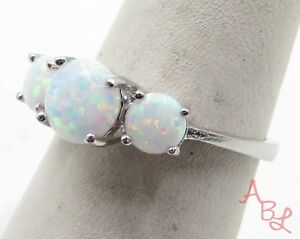 Sterling Silver Vintage 925 3-Stone Cocktail Fire Opal Ring Sz 7 (2.6g) - 700314