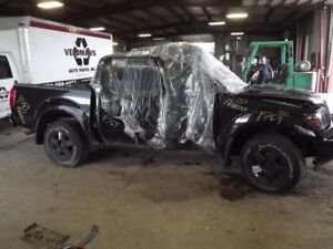 Carrier Front Axle 6 Cylinder 3.36 Ratio Fits 05-16 FRONTIER 1001999