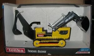 Tonka Trencher Backhoe Crawler 1995 Steel Construction Toy 92534 NEW IN BOX