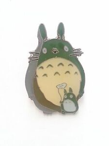My Neighbor Totoro Metal Pin Badge ~Brand New~#4