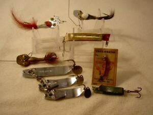 VINTAGE OLD FISHING LURE SOUTH BEND TRIX ORENO CARD METAL BAIT LOT SUPER DUPER