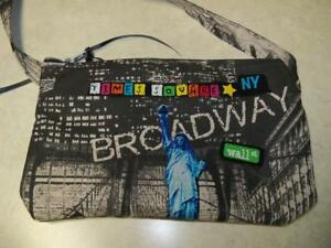 NEW YORK CITY NYC landmarks CROSS BODY ZIPPERED POUCH Brooklyn bridge Liberty