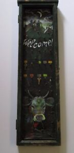 ANTIQUE FRAME CABINET SCULPTURE DOOR PAINTING KEY HOLDER PAINTING URBAN COW CITY