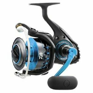 Daiwa Saltist 4000 Saltwater Spinning Reel for Fishing 425g Brand New from Japan