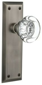 Nostalgic Warehouse NYKRCC_PRV_238_NK Round Clear Crystal Solid - Pewter
