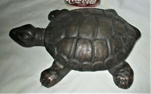 ANTIQUE PRIMITIVE 1897 CAST IRON GOLDEN NOVELTY CO. USA TURTLE TOBACCO SPITTOON