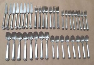 JOSEPH ABBOUD 18 10 Stainless Silverware Flatware Knobby Scroll Contempo 39 Pcs