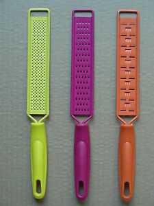 (SET OF 3) METAL CHEESE GRATERS WITH PLASTIC HANDLES