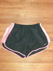 Women's Nike Dri fit Shorts Size M Unstretched Waist Is 13 good condition $6.25