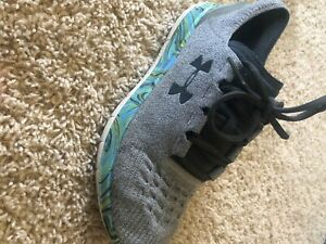 under armor shoes 10.5 $30.00
