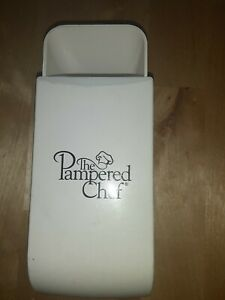 Pampered Chef Adjustable White Measuring Cup GUC Free Shipping $7.00