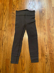 lululemon wunder under Black With Diamond Pattern Size 6 Leggings $40.00