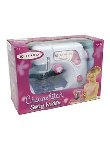 Singer Kids Chainstitch Sewing Machine A2203 Ages 8 NEW $32.50