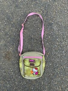 2004 Hello Kitty Sanrio Messenger Purse Bag Camo Print Green and Pink Crossbody