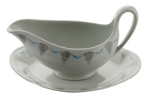 WEDGWOOD China Ravilious TRAVEL Pattern Gravy Boat and Saucer Stand Balloon GBP 199.99