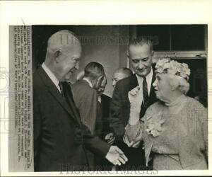 1964 Press Photo Presidents Eisenhower and Johnson confer with Mrs. G.Marshall