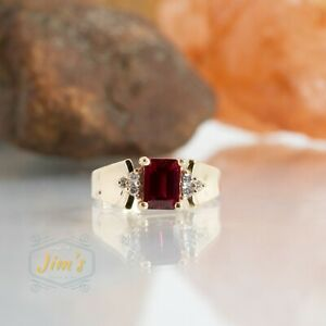EMA square ruby 14k Gold Ring Size 6