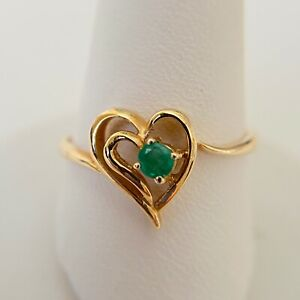 14k Yellow Gold Vintage Emerald Heart Ring Size 8 $249.99