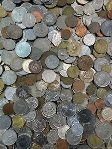 Large Bulk Mixed Lot of 100 Assorted Foreign Coins From Around the World $20.00